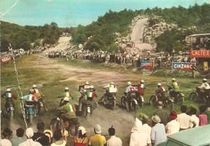 fine-anni-1960-una-partenza-sul-campo-dellamerica-dei-boschi-di-bra-foto-peroli-e-rainero-bra